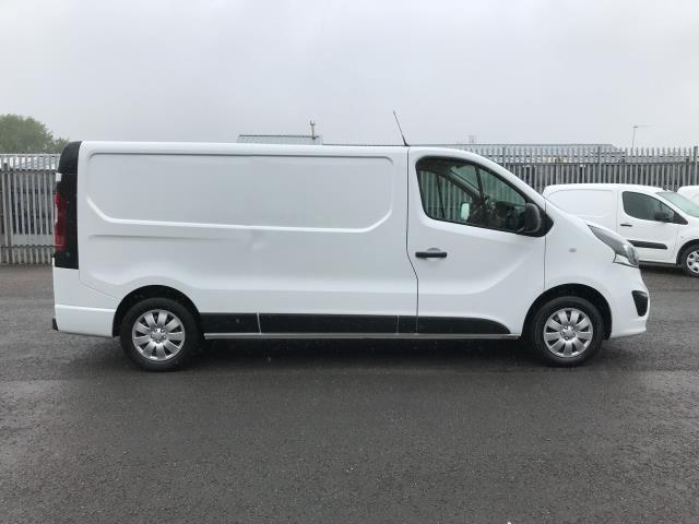 2018 Vauxhall Vivaro 2900 L2 H1 1.6CDTI 120PS SPORTIVE EURO 6 (DN68YRD) Image 5