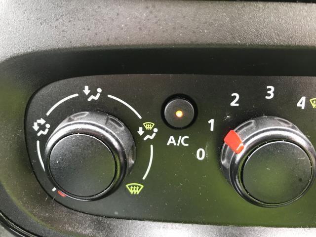 2018 Vauxhall Vivaro 2900 L2 H1 1.6CDTI 120PS SPORTIVE EURO 6 (DN68YRD) Image 14