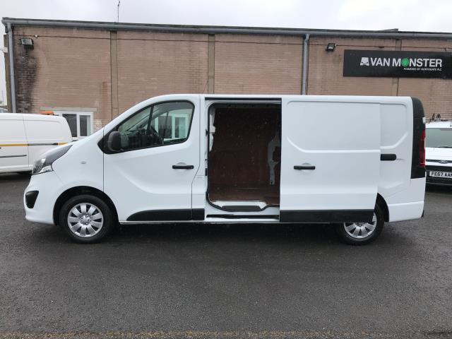 2018 Vauxhall Vivaro 2900 L2 H1 1.6CDTI 120PS SPORTIVE EURO 6 (DN68YRD) Image 8