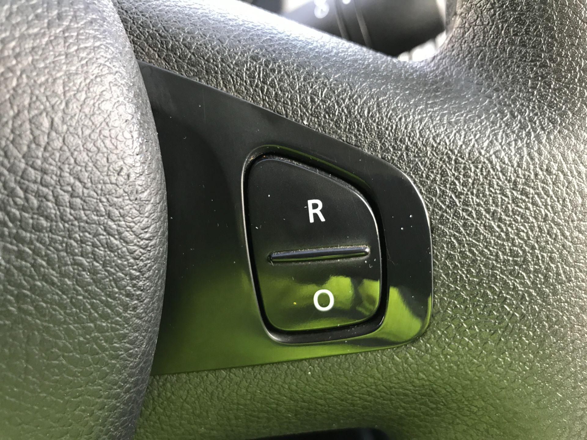 2018 Vauxhall Vivaro 2900 L2 H1 1.6CDTI 120PS SPORTIVE EURO 6 (DN68YRR) Image 30