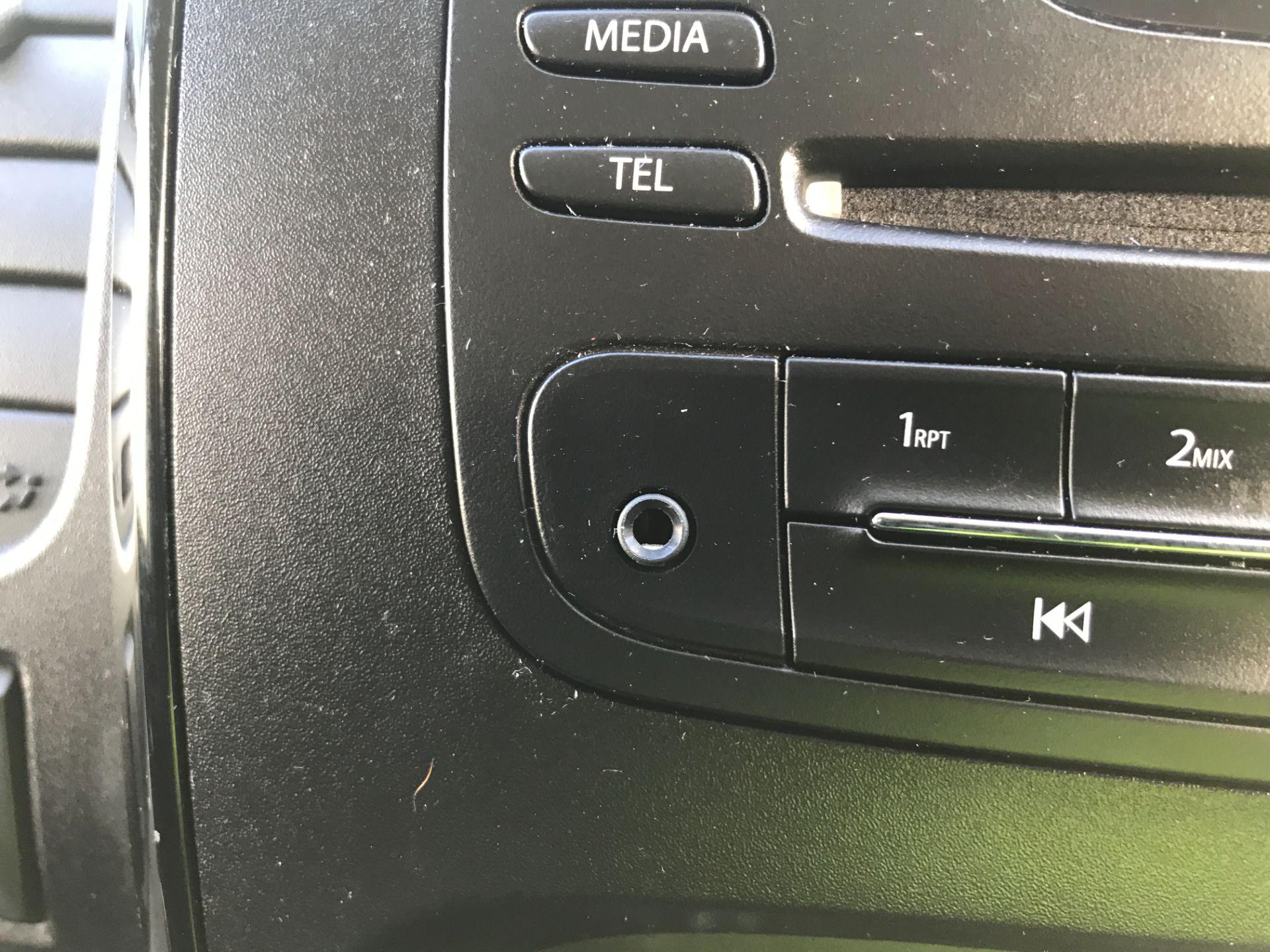 2018 Vauxhall Vivaro 2900 L2 H1 1.6CDTI 120PS SPORTIVE EURO 6 (DN68YRR) Image 23