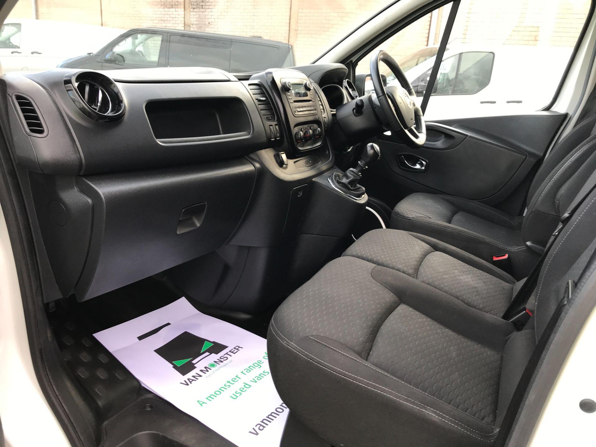 2018 Vauxhall Vivaro 2900 L2 H1 1.6CDTI 120PS SPORTIVE EURO 6 (DN68YRR) Image 12