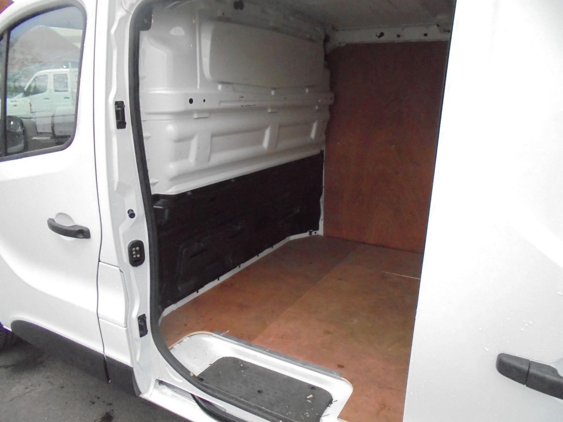 2018 Vauxhall Vivaro 2900 1.6Cdti 120Ps Sportive L2 H1 Van (DN68YRS) Image 22