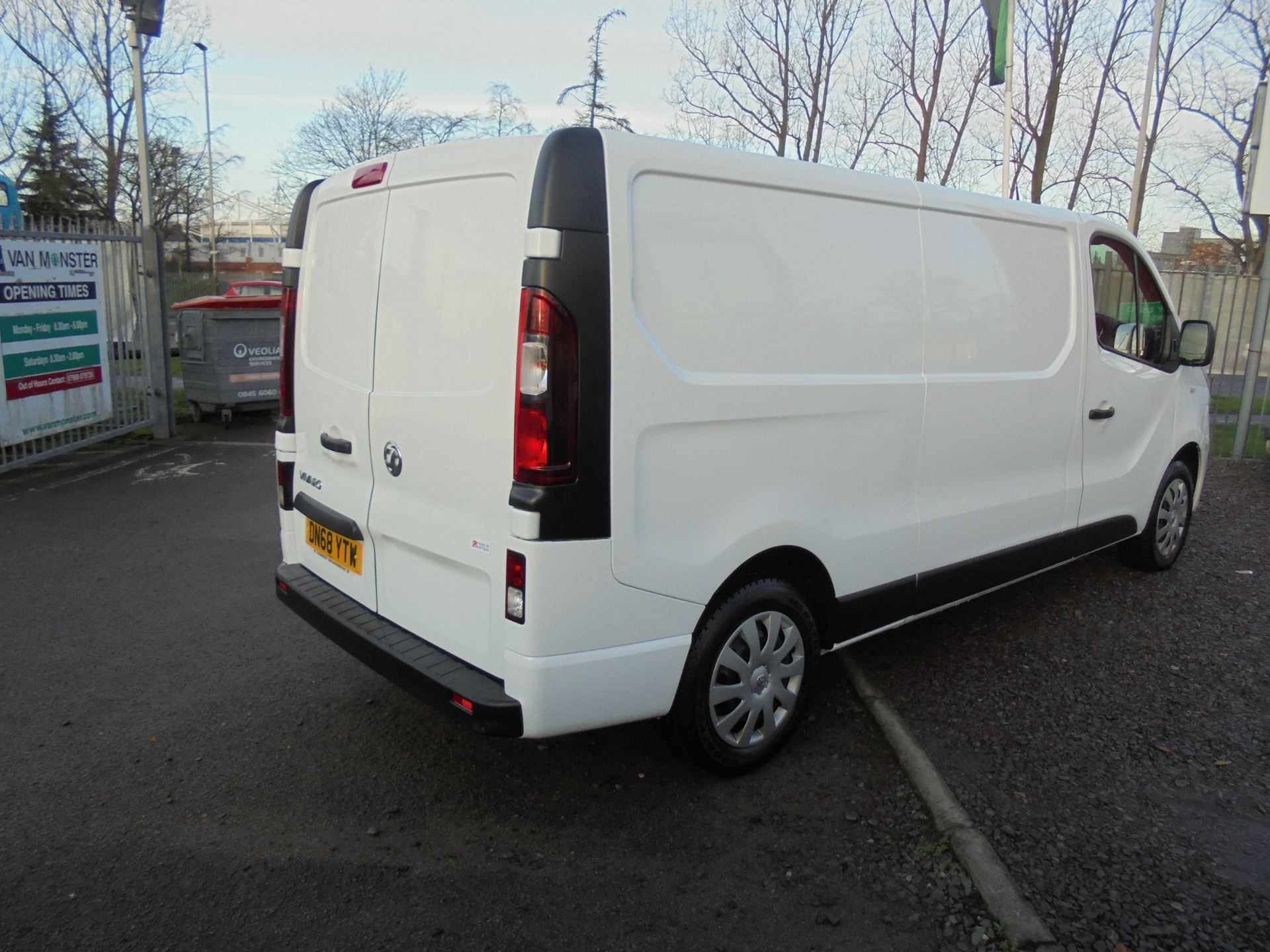 2018 Vauxhall Vivaro 2900 1.6Cdti 120Ps Sportive H1 Van (DN68YTW) Image 3