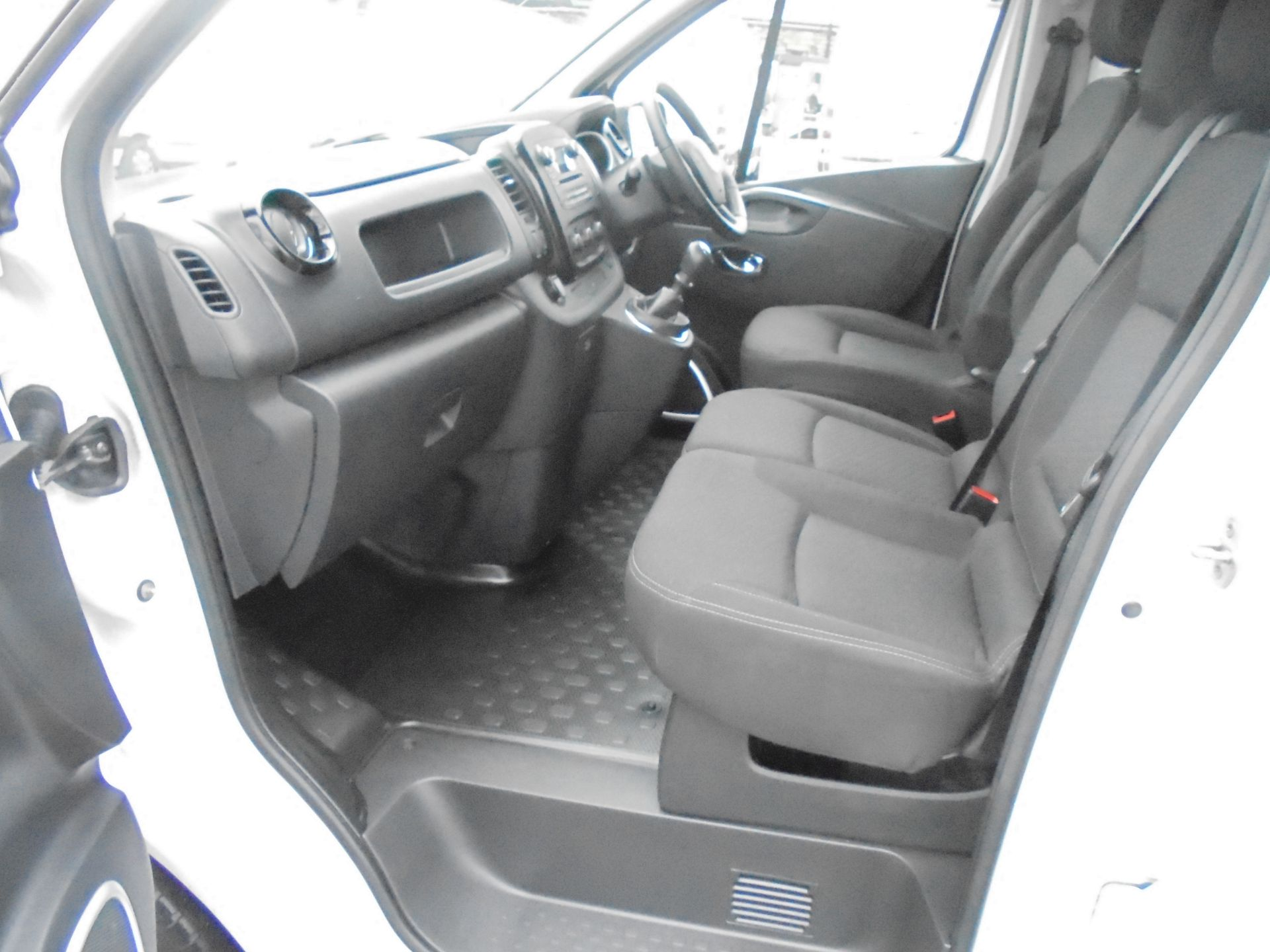 2018 Vauxhall Vivaro 2900 1.6Cdti 120Ps Sportive L2 H1 Van (DN68YUL) Image 23