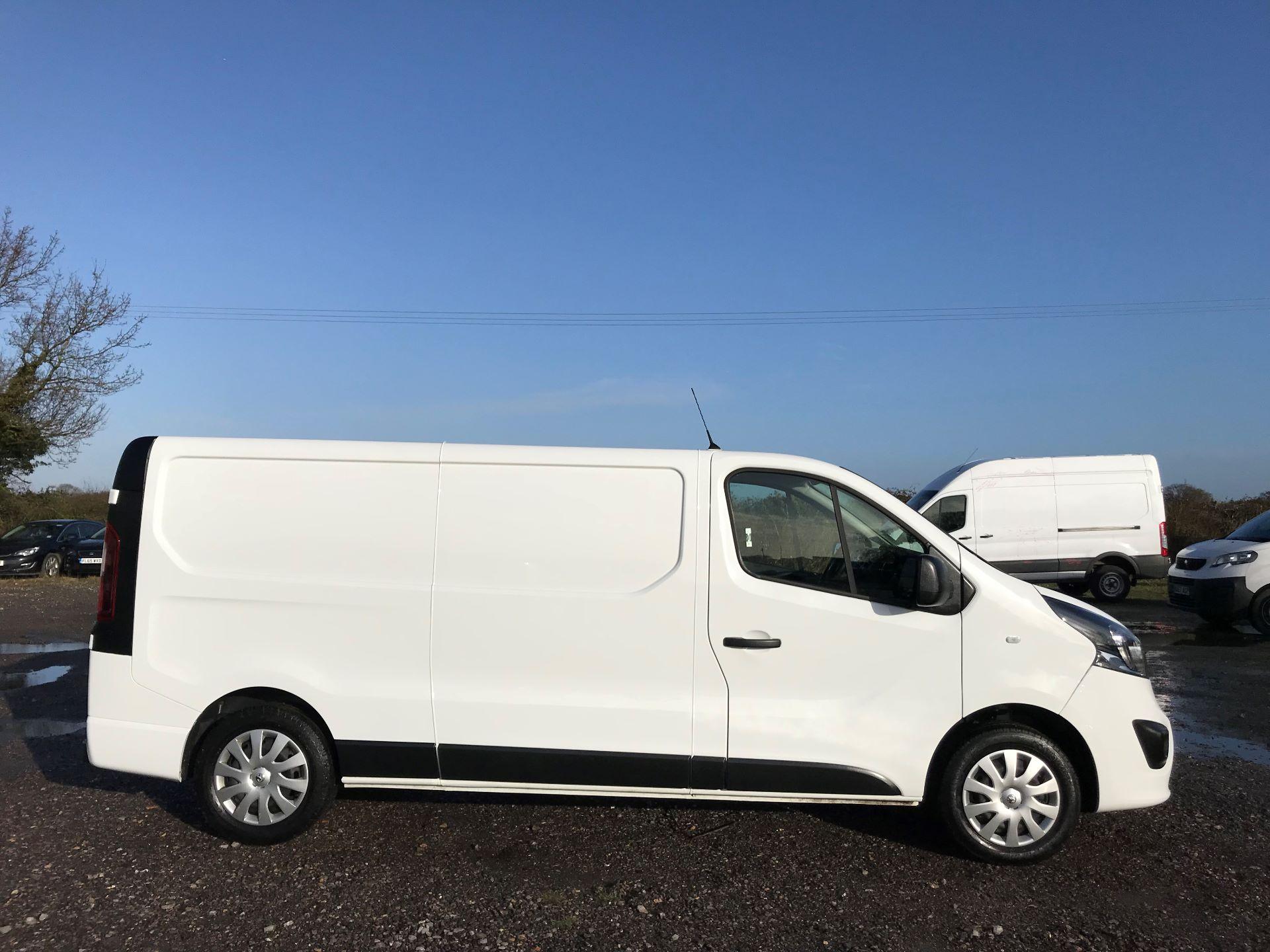2018 Vauxhall Vivaro L2 H1 2900 1.6CDTI 120PS SPORTIVE EURO 6 (DN68YZY) Image 7