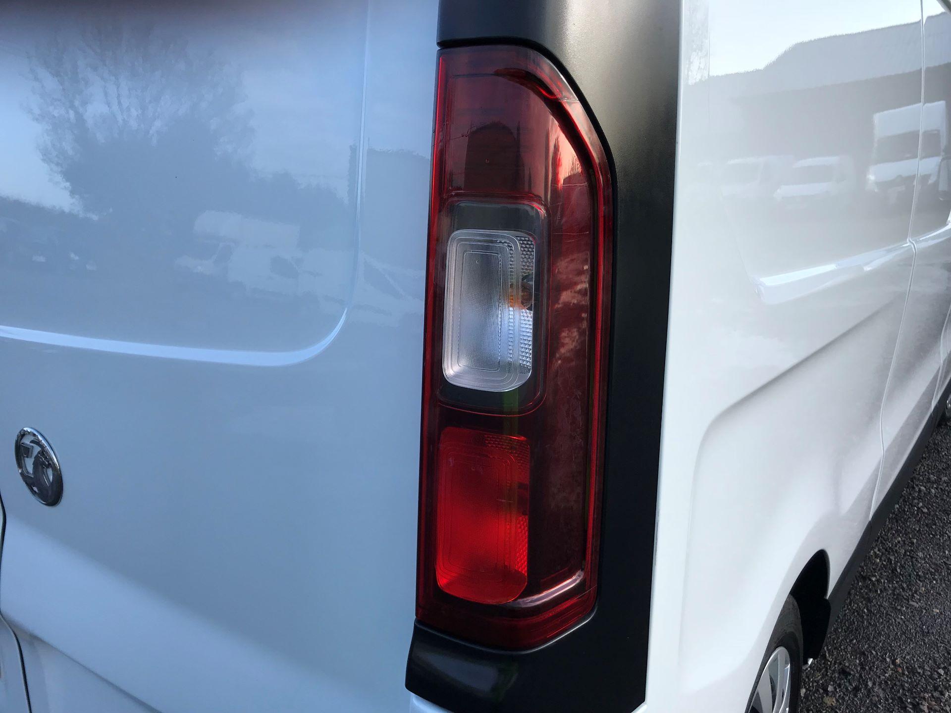 2018 Vauxhall Vivaro L2 H1 2900 1.6CDTI 120PS SPORTIVE EURO 6 (DN68YZY) Image 37