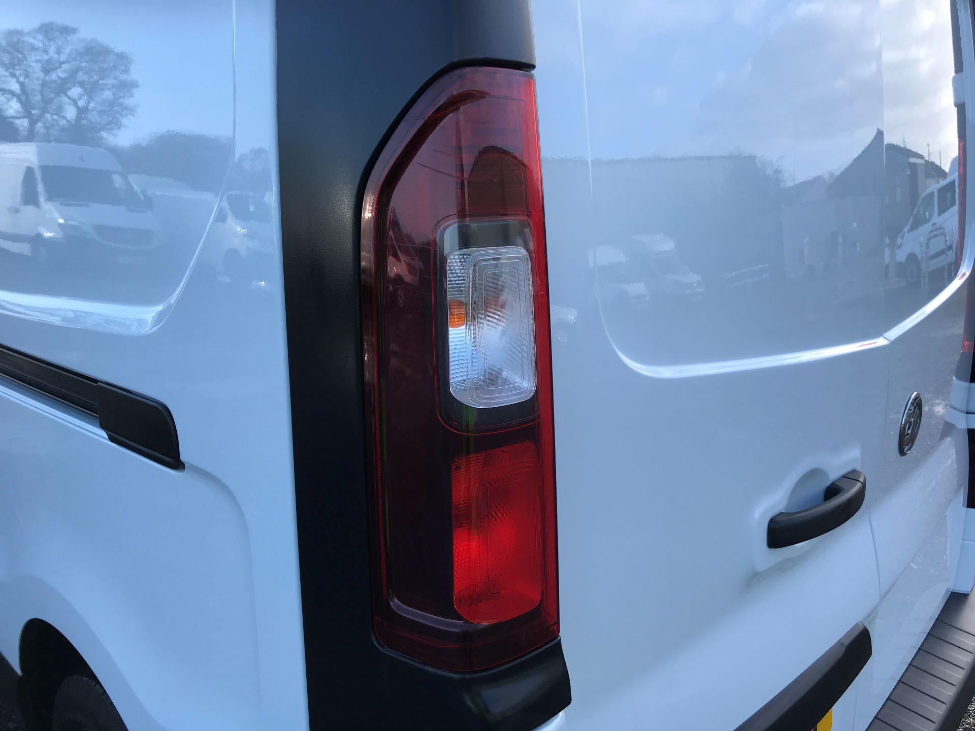 2018 Vauxhall Vivaro L2 H1 2900 1.6CDTI 120PS SPORTIVE EURO 6 (DN68YZY) Image 35