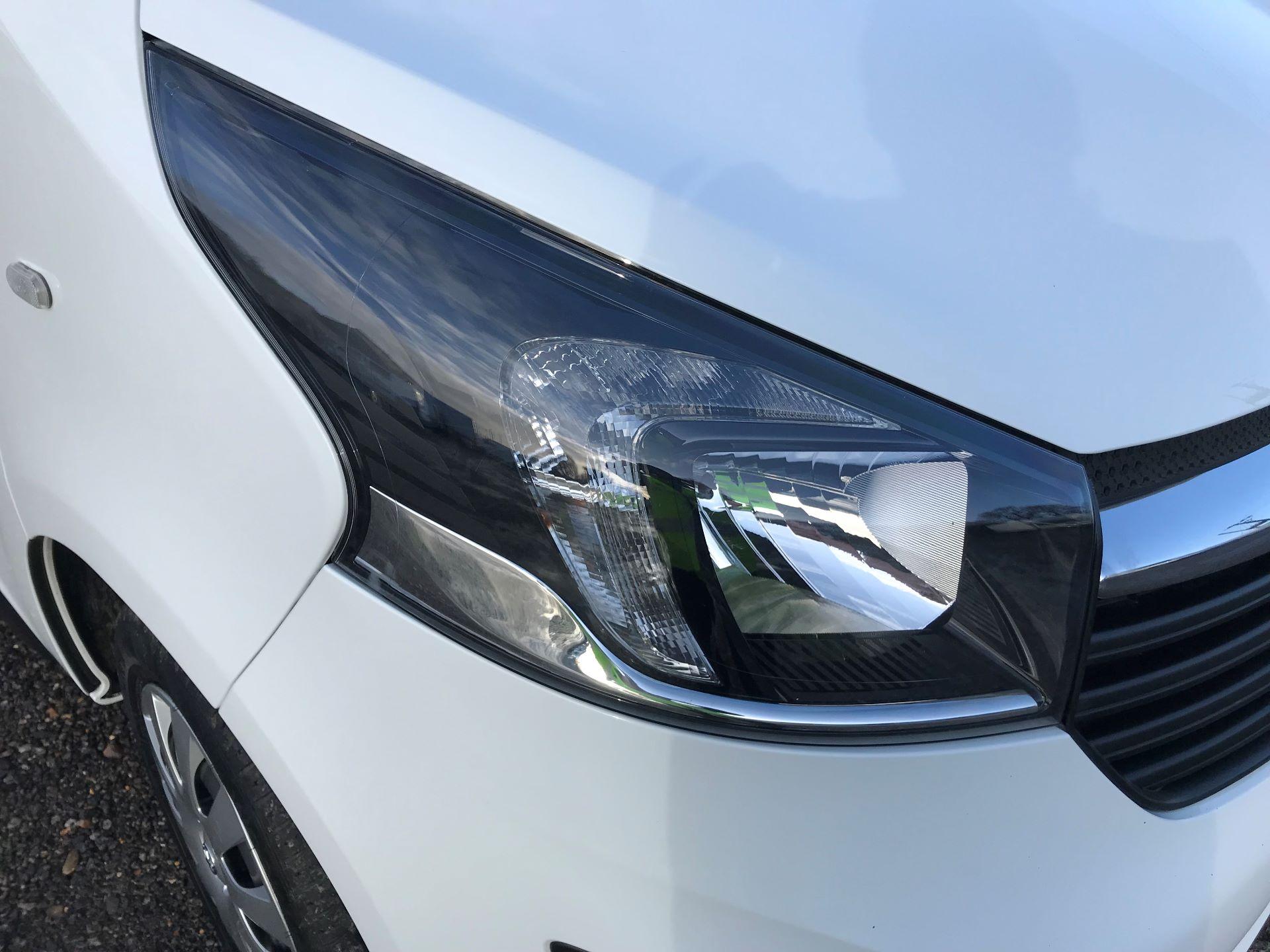 2018 Vauxhall Vivaro L2 H1 2900 1.6CDTI 120PS SPORTIVE EURO 6 (DN68YZY) Image 29