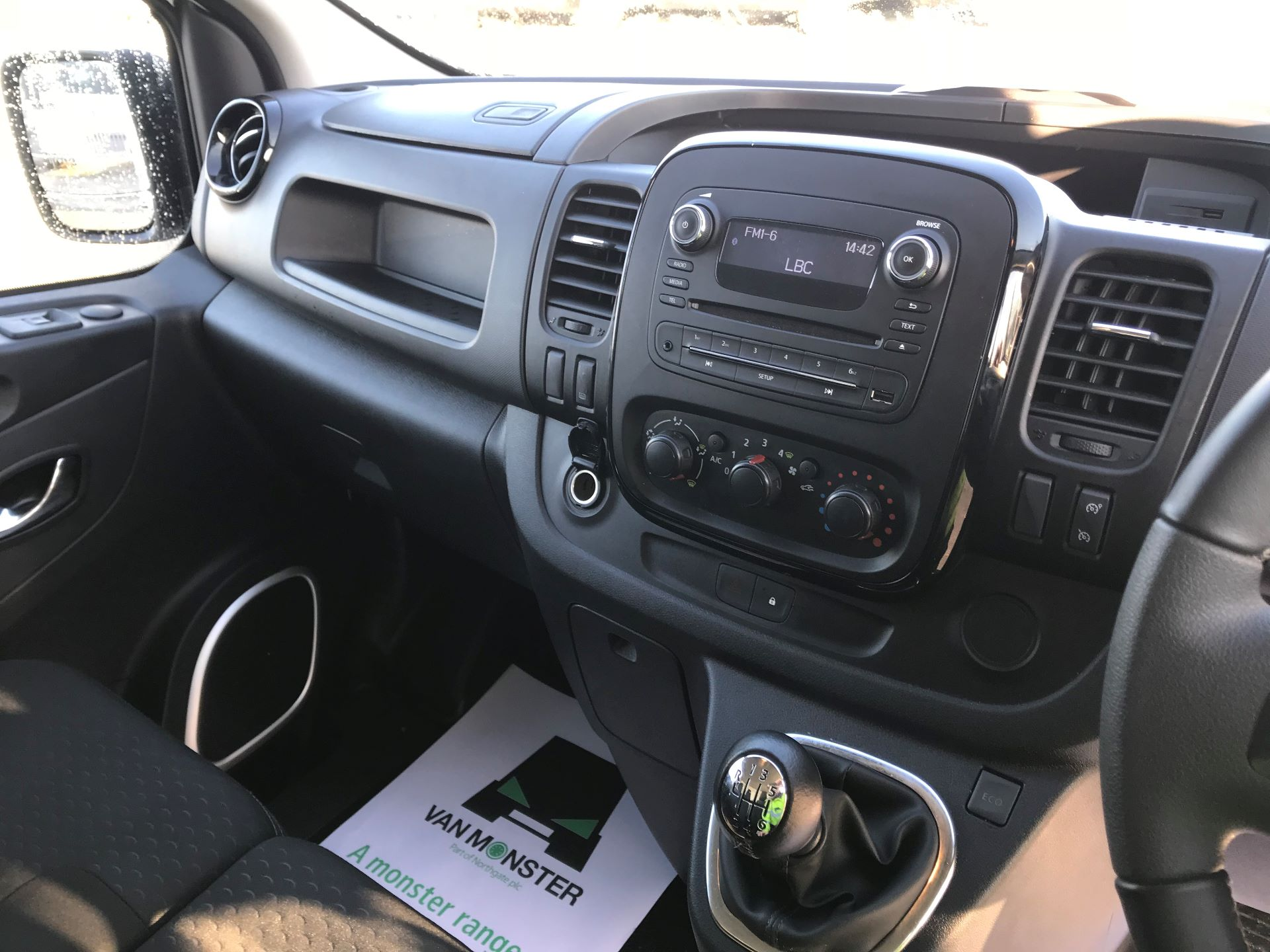 2018 Vauxhall Vivaro  L2 H1 2900 1.6 CDTI 120PS SPORTIVE EURO 6 (DN68ZBW) Image 23