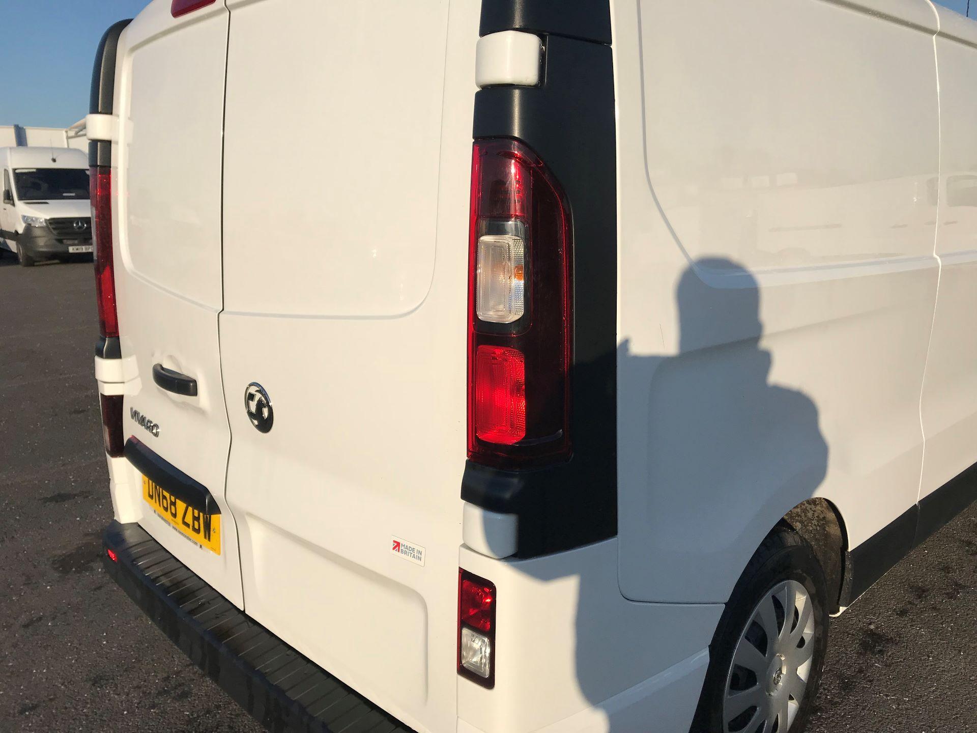 2018 Vauxhall Vivaro  L2 H1 2900 1.6 CDTI 120PS SPORTIVE EURO 6 (DN68ZBW) Image 13