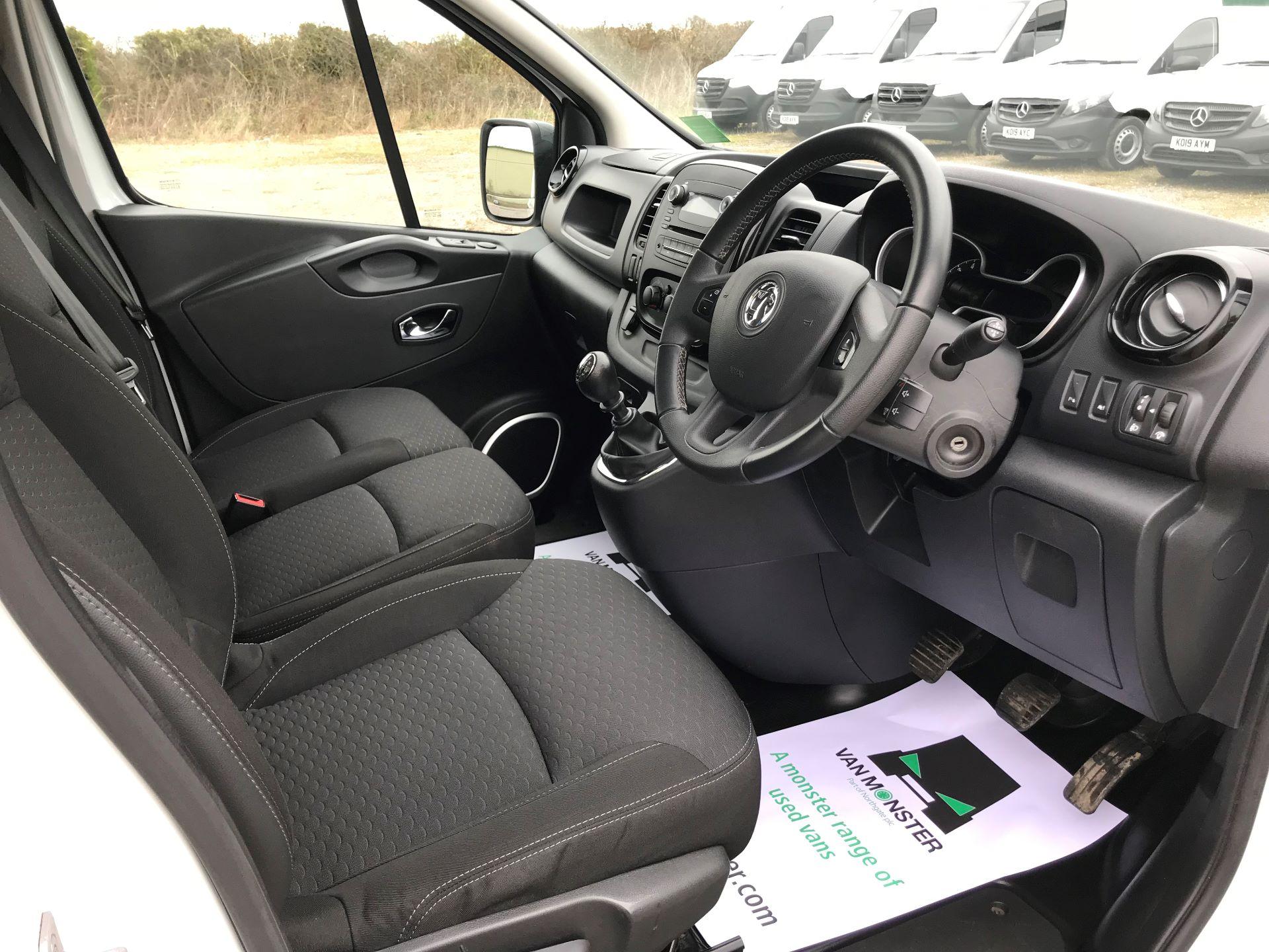 2018 Vauxhall Vivaro L2 H1 2900 1.6CDTI 120PS SPORTIVE EURO 6 (DN68ZDR) Image 22