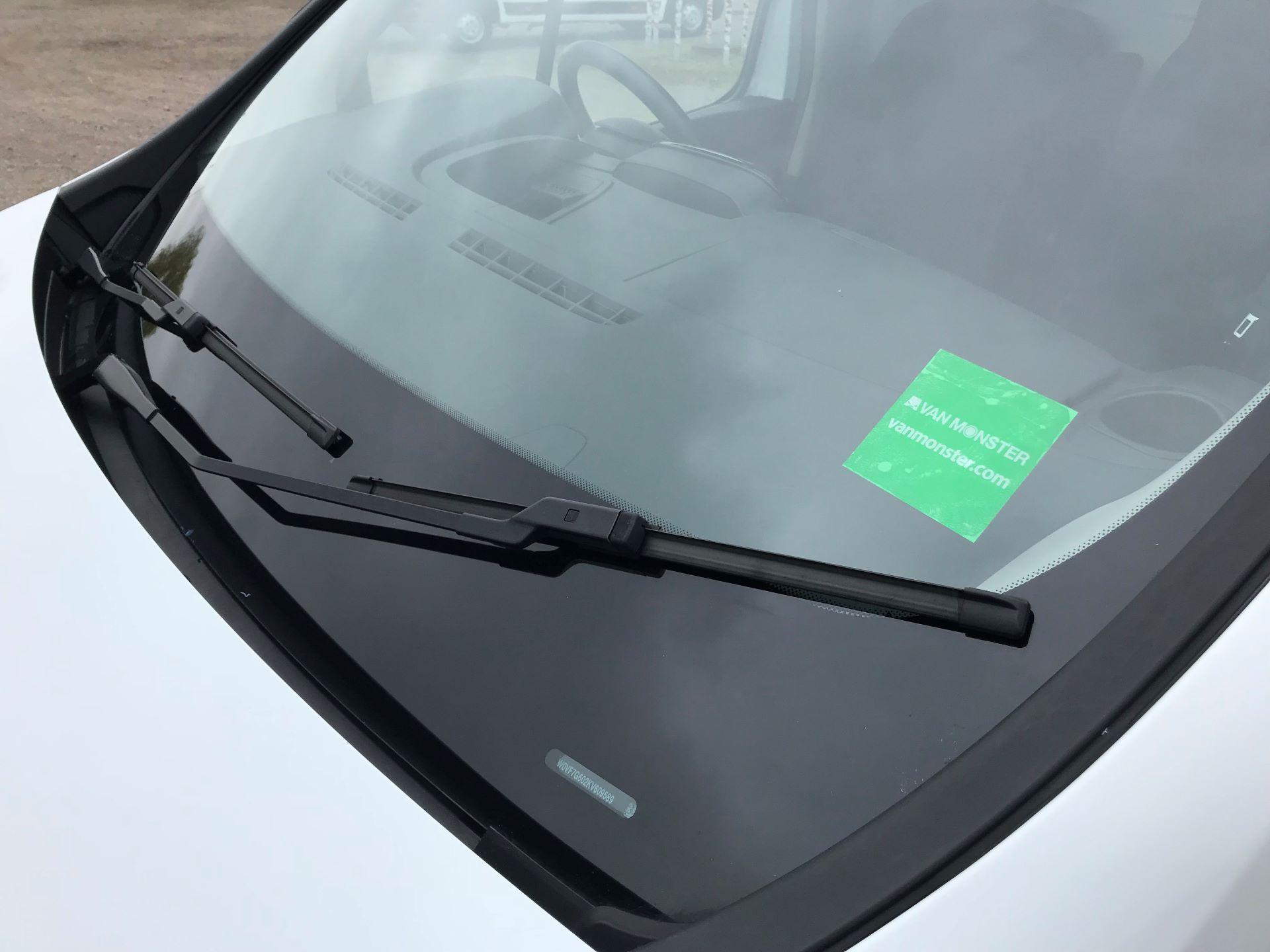 2018 Vauxhall Vivaro L2 H1 2900 1.6CDTI 120PS SPORTIVE EURO 6 (DN68ZDR) Image 19