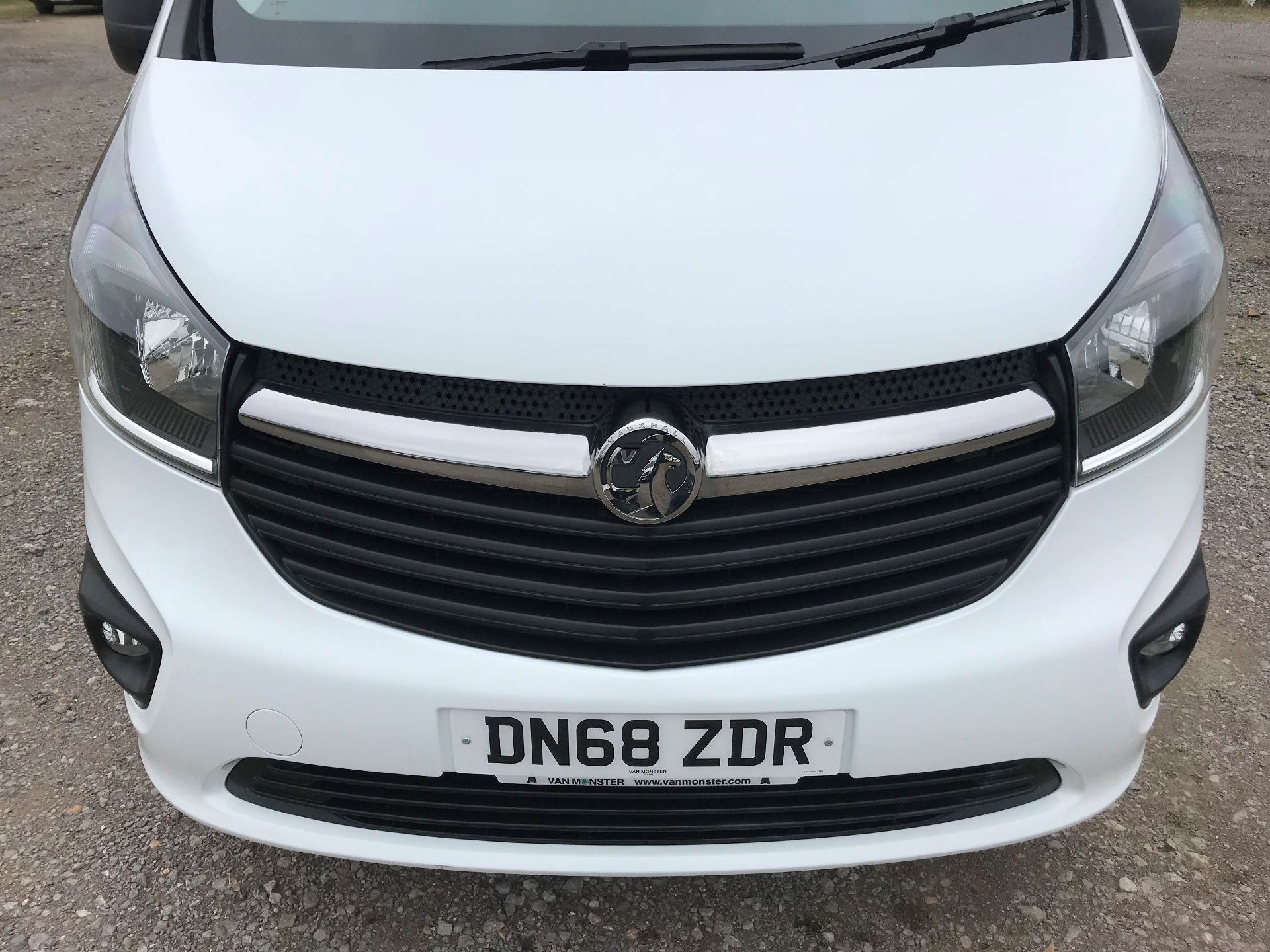 2018 Vauxhall Vivaro L2 H1 2900 1.6CDTI 120PS SPORTIVE EURO 6 (DN68ZDR) Image 14
