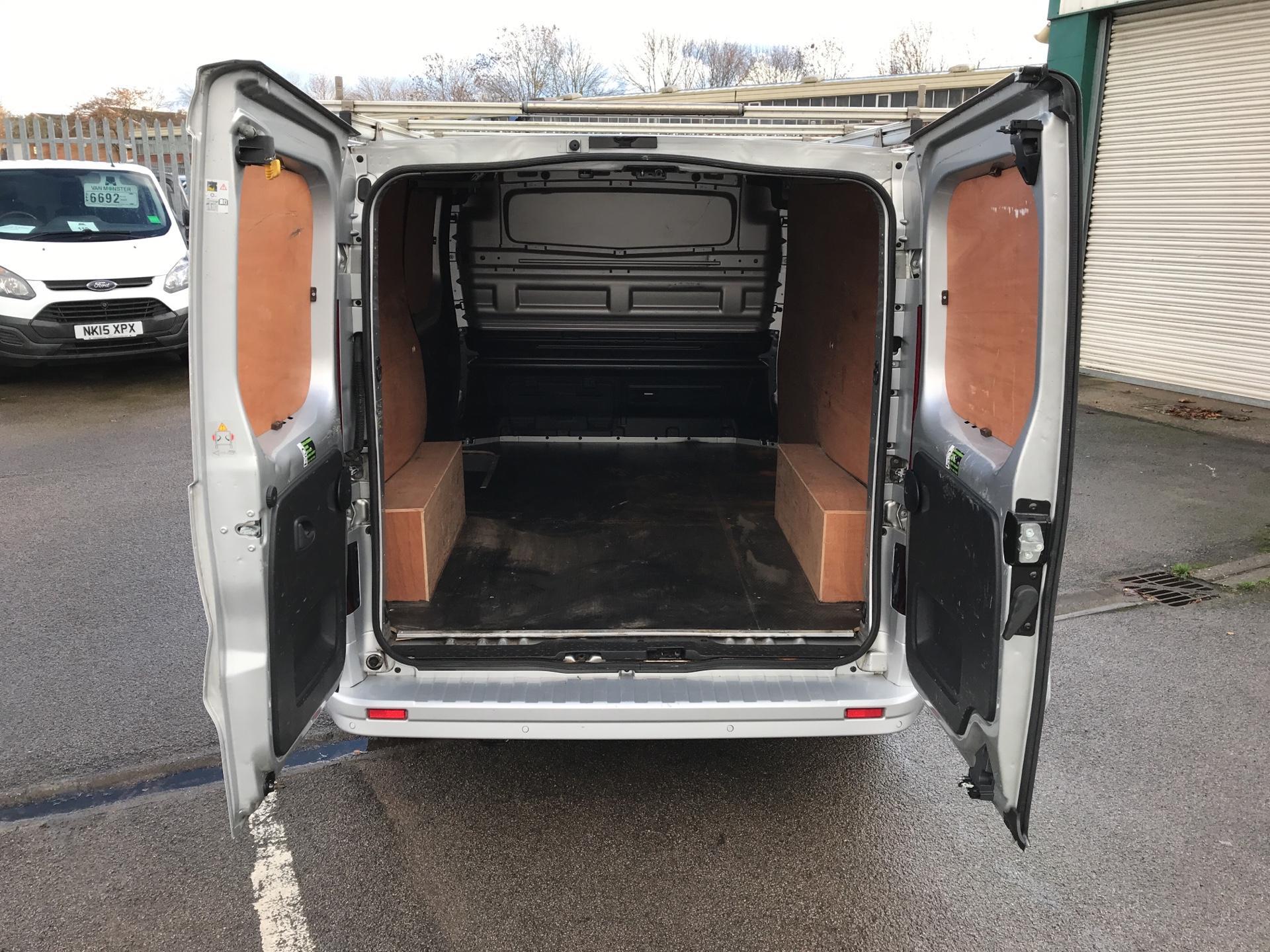 2015 Vauxhall Vivaro L1 H1 2700 1.6 BITURBO 120PS ECOFLEX SPORTIVE EURO 5 (DP15LGO) Image 16