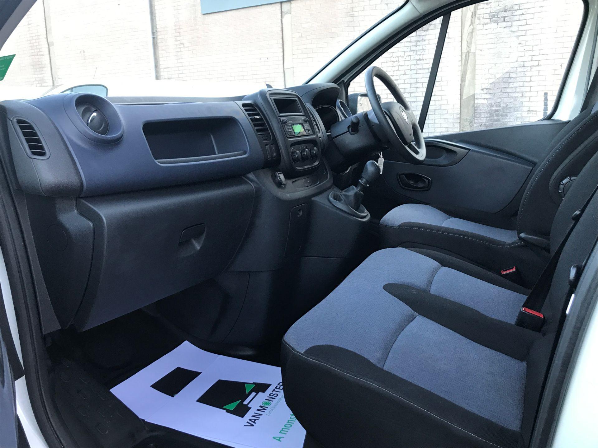 2017 Vauxhall Vivaro 2900 L2 H1 1.6CDTI 120PS EURO 6 (DP17UJB) Image 12