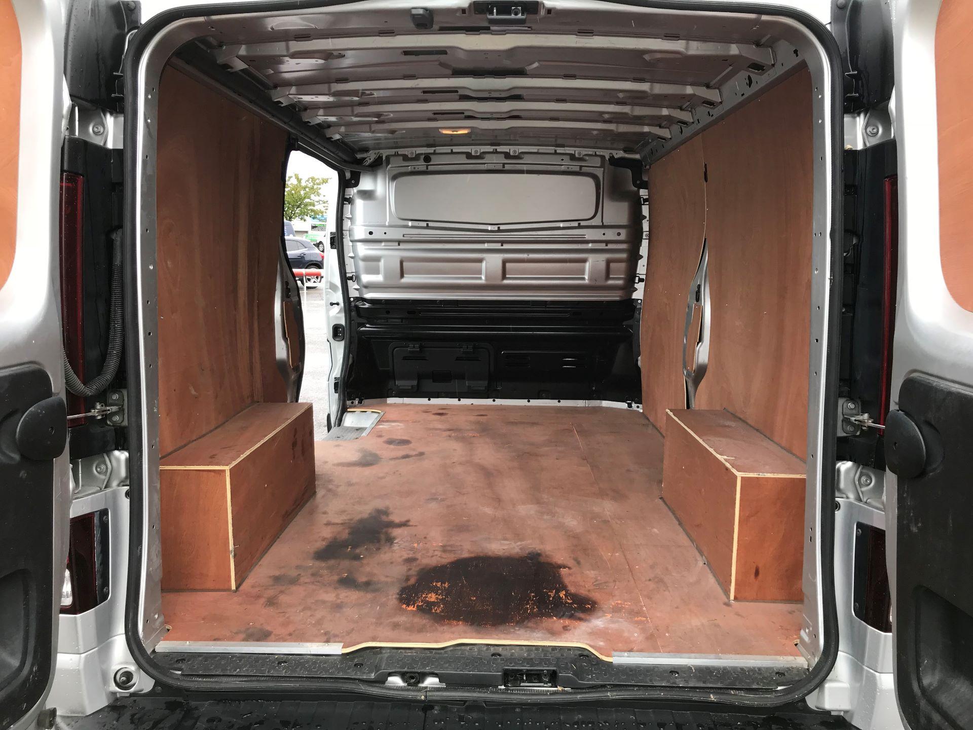 2018 Vauxhall Vivaro 2900 1.6Cdti 120Ps Sportive H1 Van (DP18SLV) Image 16