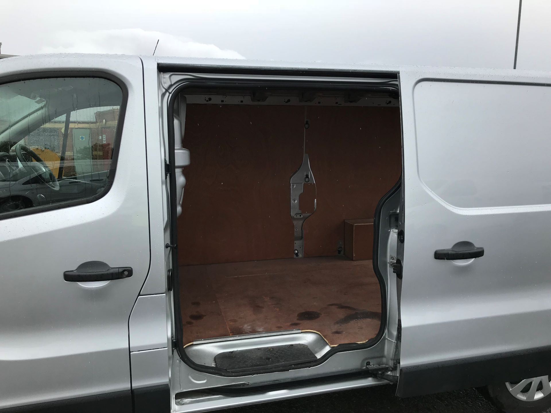 2018 Vauxhall Vivaro 2900 1.6Cdti 120Ps Sportive H1 Van (DP18SLV) Image 17