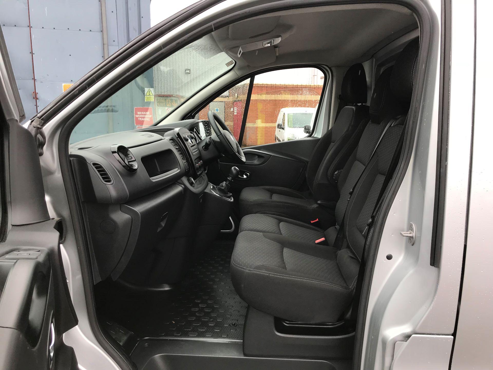 2018 Vauxhall Vivaro 2900 1.6Cdti 120Ps Sportive H1 Van (DP18SLV) Image 12