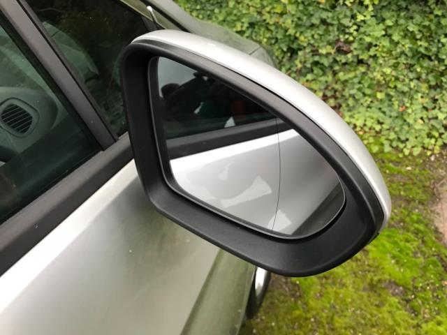 2018 Vauxhall Astra 1.6 Cdti 16V 136 Sri Nav 5Dr (DP18VCD) Image 24