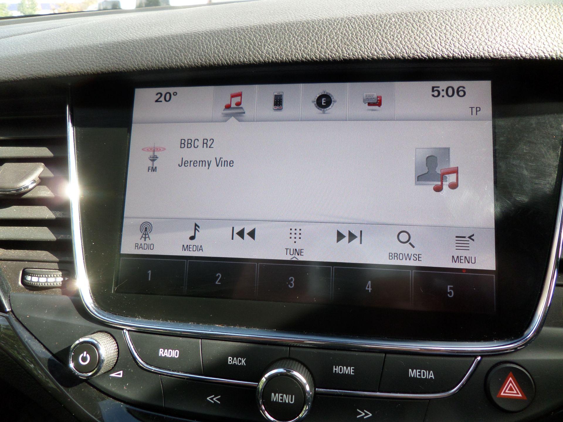 2018 Vauxhall Astra 1.6 Cdti 16V 136 Sri Nav 5Dr Euro 6 (DP18VCN) Image 13