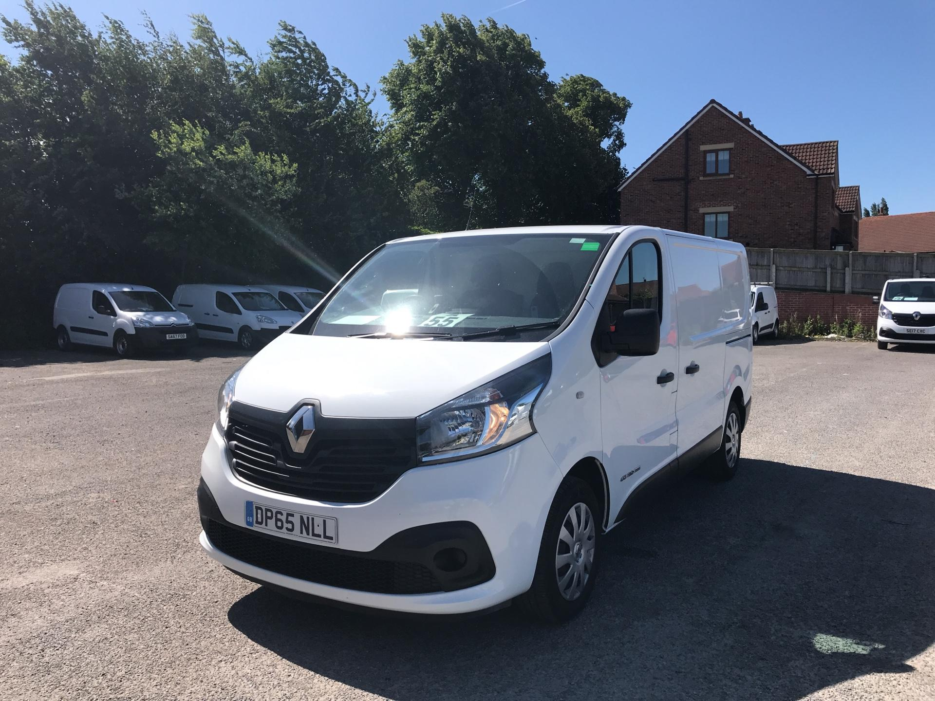 2015 Renault Trafic SWB SL27 ENERGY DCI 120 BUSINESS+ EURO 5 AIR CON (DP65NLL) Image 7
