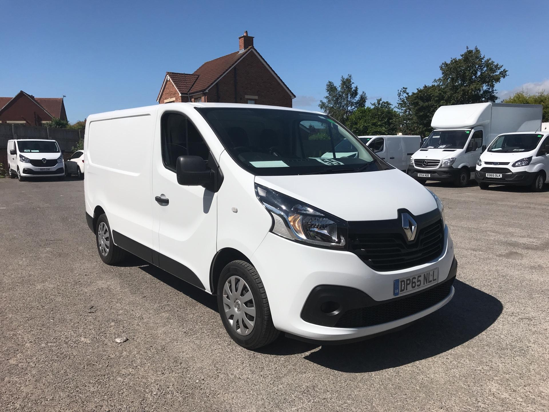 2015 Renault Trafic SWB SL27 ENERGY DCI 120 BUSINESS+ EURO 5 AIR CON (DP65NLL)
