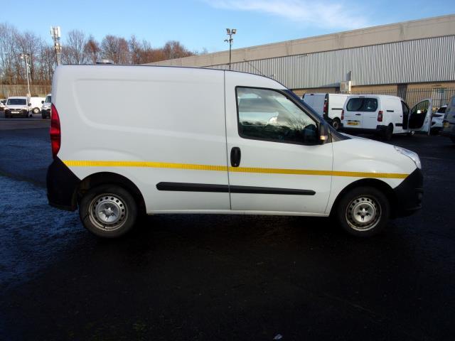 2016 Vauxhall Combo 2000 1.3 Cdti 16V H1 Van (DP66YNJ) Image 9