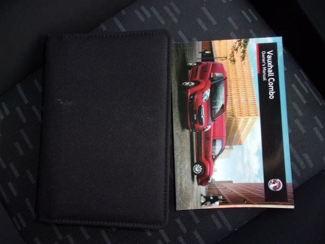 2016 Vauxhall Combo 2000 1.3 Cdti 16V H1 Van (DP66YNJ) Image 22