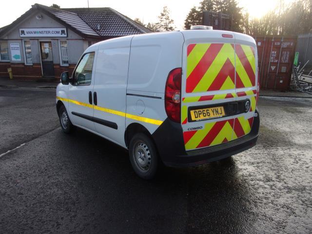 2016 Vauxhall Combo 2000 1.3 Cdti 16V H1 Van (DP66YNJ) Image 12
