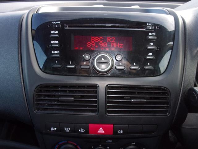 2016 Vauxhall Combo 2000 1.3 Cdti 16V H1 Van (DP66YNJ) Image 3