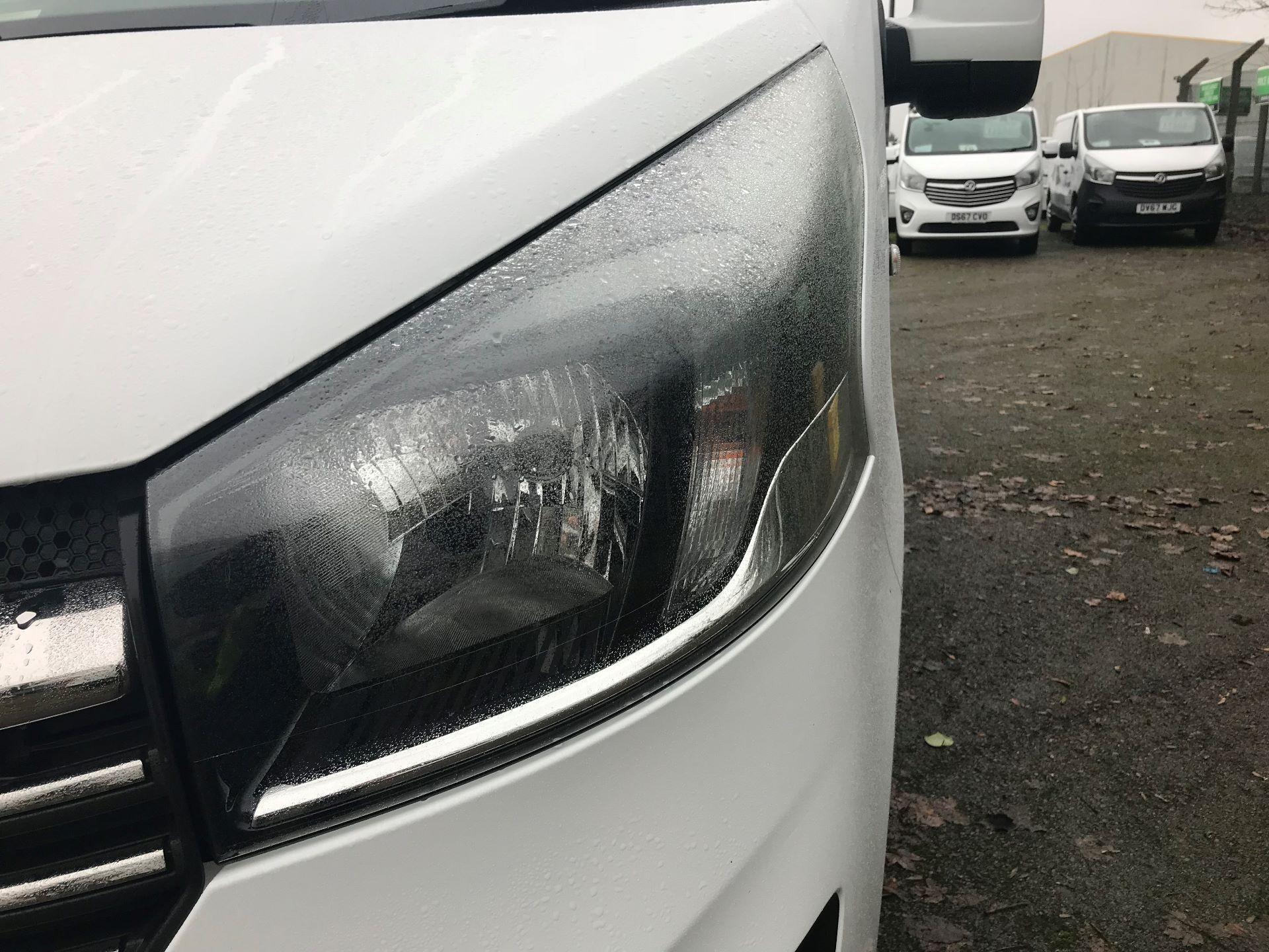2016 Vauxhall Vivaro 2700 1.6CDTI  BITURBO 120PS ECOFLEX SPORTIVE L1 H1 VAN (DS16MSX) Image 14