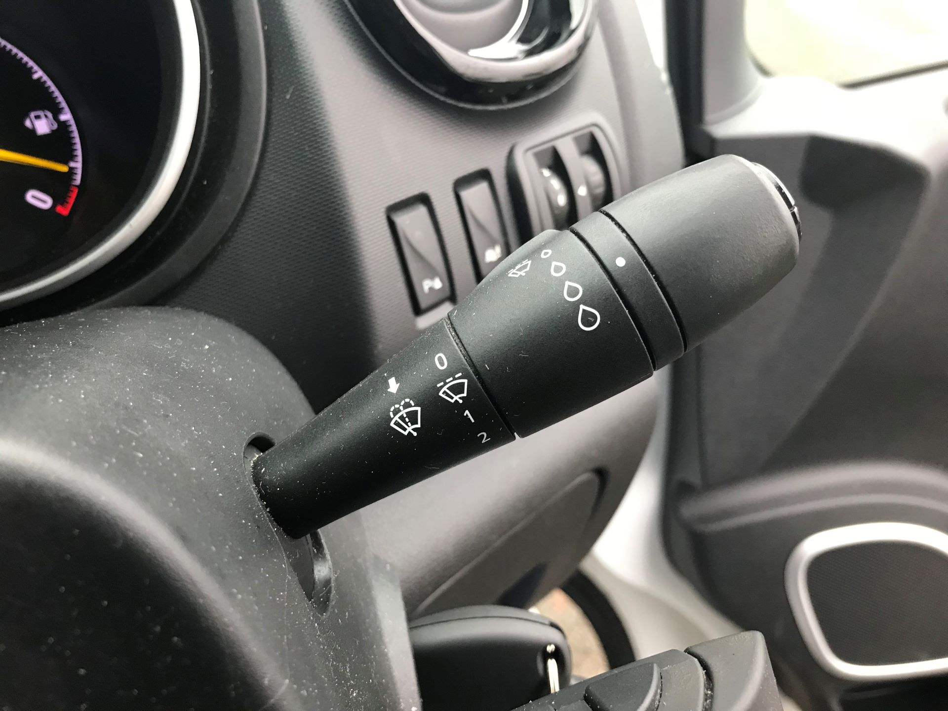 2016 Vauxhall Vivaro 2700 1.6CDTI  BITURBO 120PS ECOFLEX SPORTIVE L1 H1 VAN (DS16MSX) Image 27