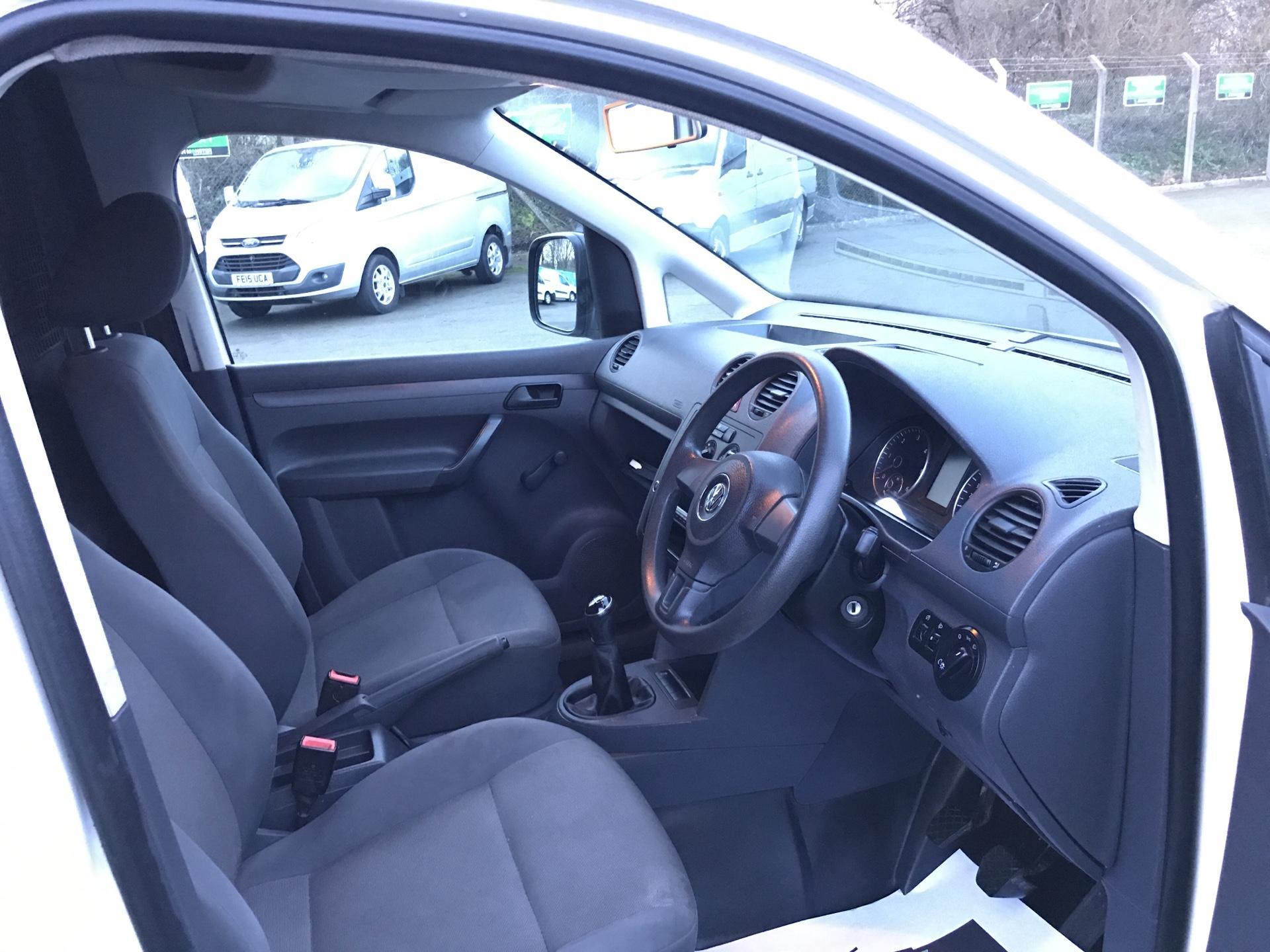 2014 Volkswagen Caddy  1.6 75PS STARTLINE EURO 5 (DS64GXO) Image 9