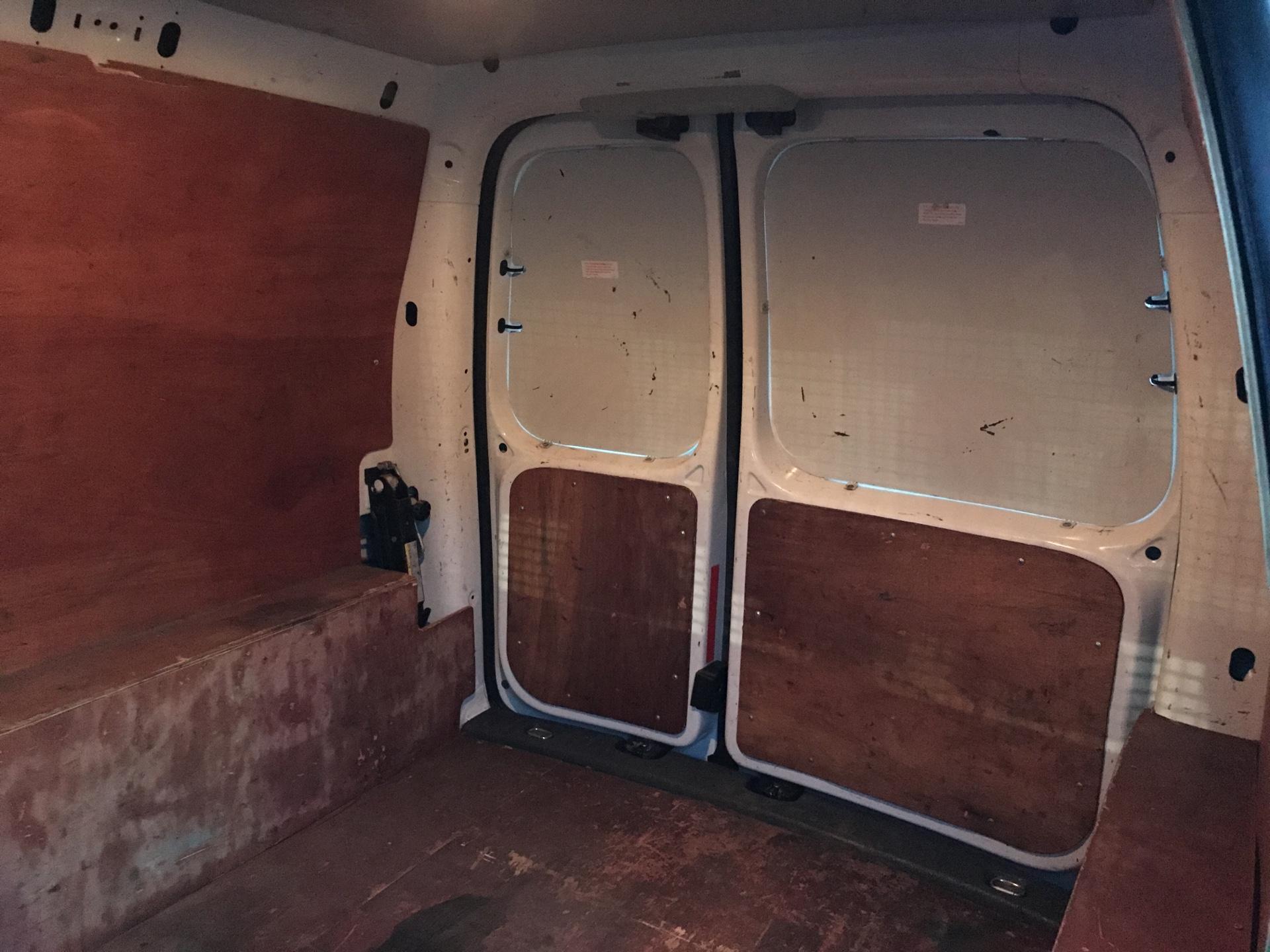 2014 Volkswagen Caddy  1.6 75PS STARTLINE EURO 5 (DS64GXO) Image 17