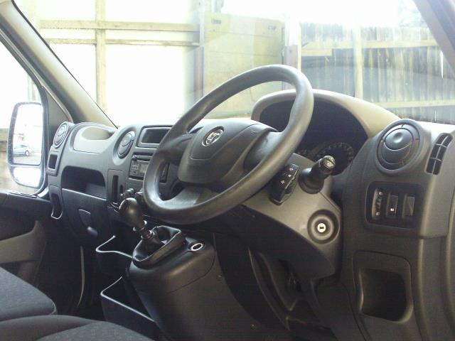 2015 Vauxhall Movano 35 HD L4 DIESEL RWD 2.3 CDTI H3 Van 125ps EURO 5 (DS65AZG) Image 18