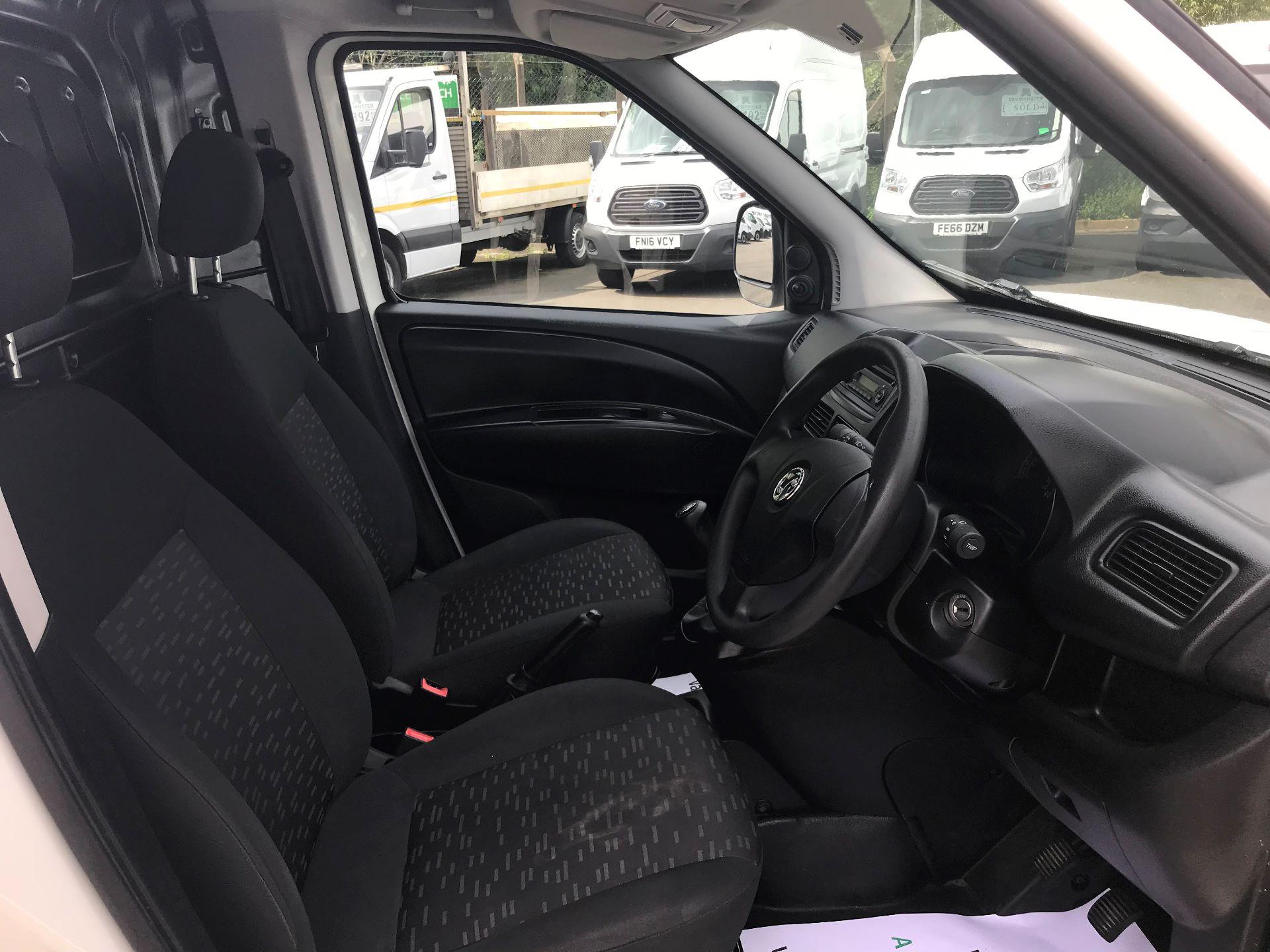 2015 Vauxhall Combo  L1 H1 2000 1.3 16V  EURO 5 (DS65DEU) Image 19