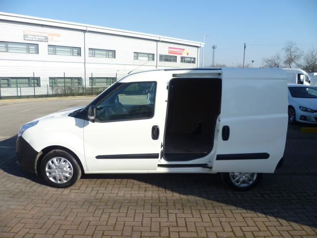 2015 Vauxhall Combo  L1 H1 2000 1.3 16V  EURO 5 (DS65DGY) Image 10