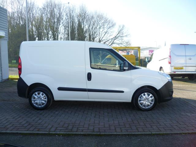2015 Vauxhall Combo  L1 H1 2000 1.3 16V  EURO 5 (DS65DGY) Image 8