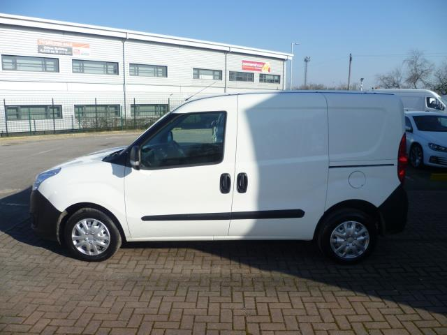 2015 Vauxhall Combo  L1 H1 2000 1.3 16V  EURO 5 (DS65DGY) Image 9