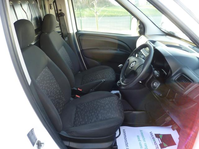 2015 Vauxhall Combo  L1 H1 2000 1.3 16V  EURO 5 (DS65DGY) Image 18