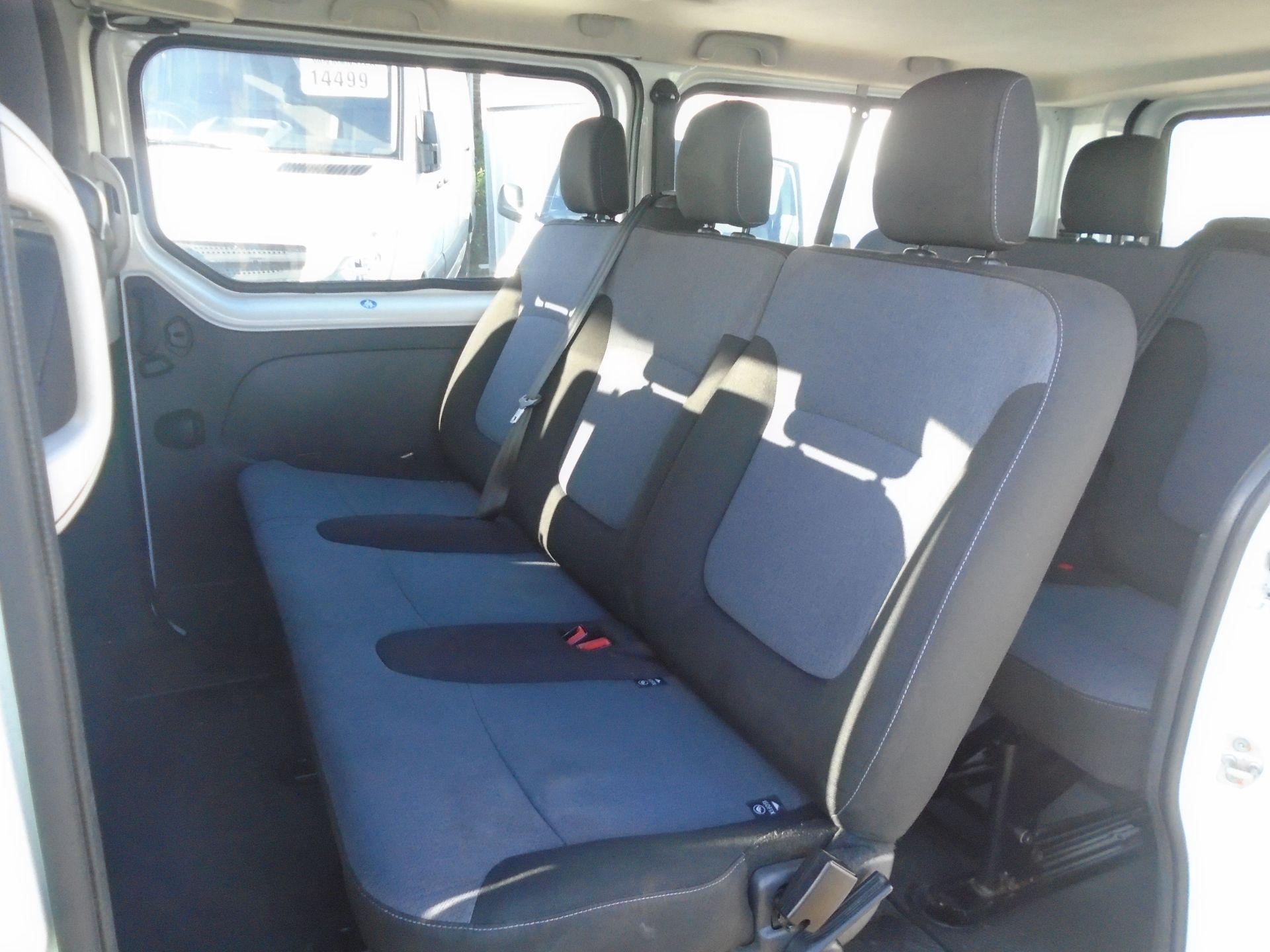 2015 Vauxhall Vivaro 2900 1.6Cdti 115Ps H1 Combi 9 Seat (DS65DRO) Image 6