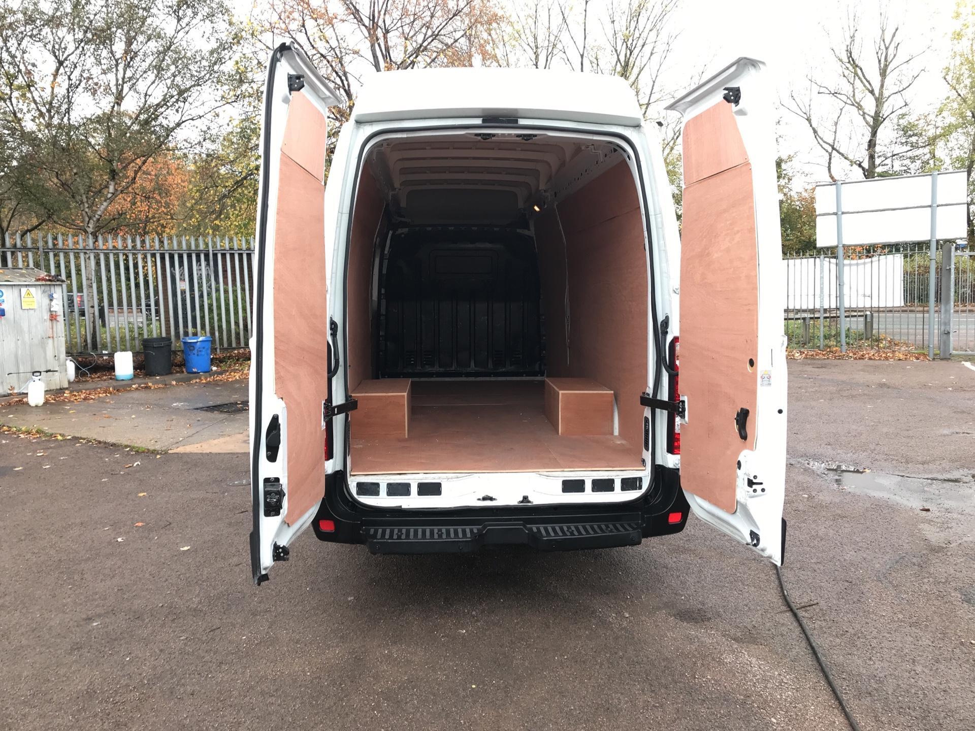 2015 Vauxhall Movano 2.3 Cdti L4 H3 Van 125Ps EURO 5  (DS65OCX) Image 20