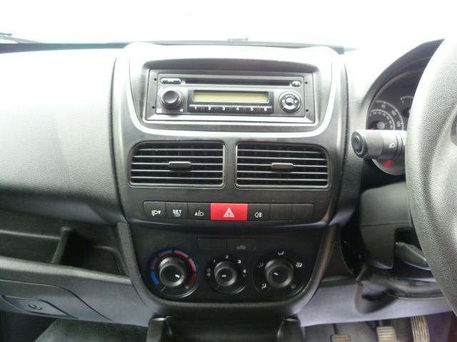 2015 Vauxhall Combo  L1 H1 2000 1.3 16V  EURO 5 (DS65OEC) Image 19