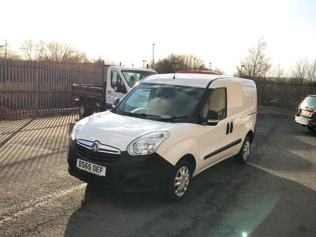 2015 Vauxhall Combo 2000 L1 H1 1.3CDTI 16V EURO 5 (DS65OEF) Image 11