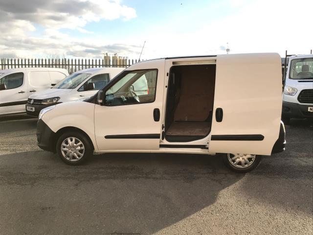 2015 Vauxhall Combo 2000 L1 H1 1.3CDTI 16V EURO 5 (DS65OEF) Image 16