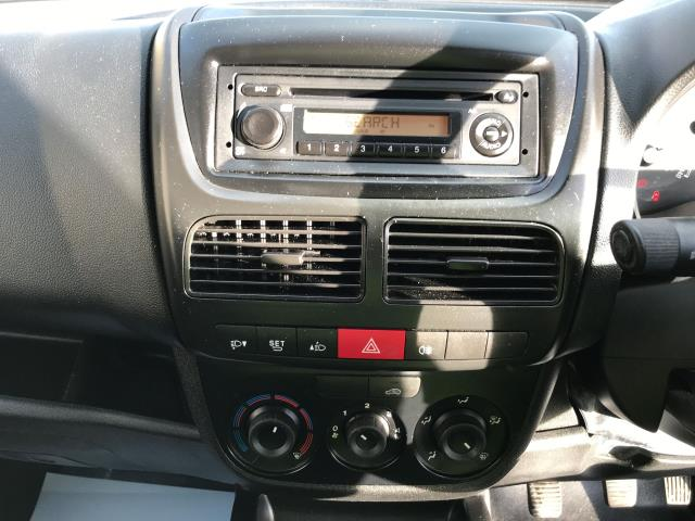 2015 Vauxhall Combo 2000 L1 H1 1.3CDTI 16V EURO 5 (DS65OEF) Image 3