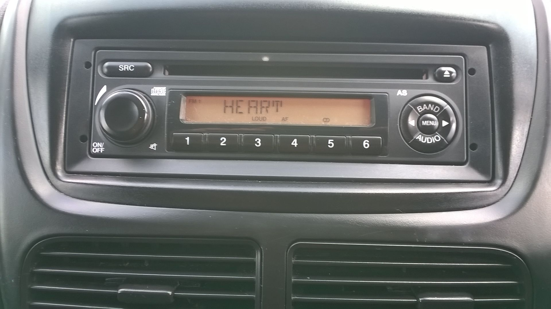 2015 Vauxhall Combo 2000 1.3 Cdti 16V H1 Van Euro 5 (DS65OER) Image 23