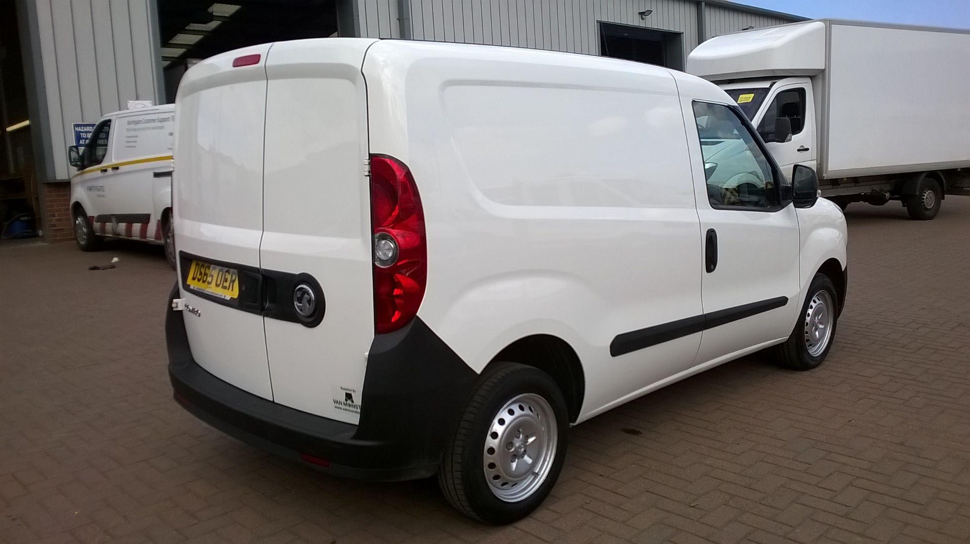 2015 Vauxhall Combo 2000 1.3 Cdti 16V H1 Van Euro 5 (DS65OER) Image 15