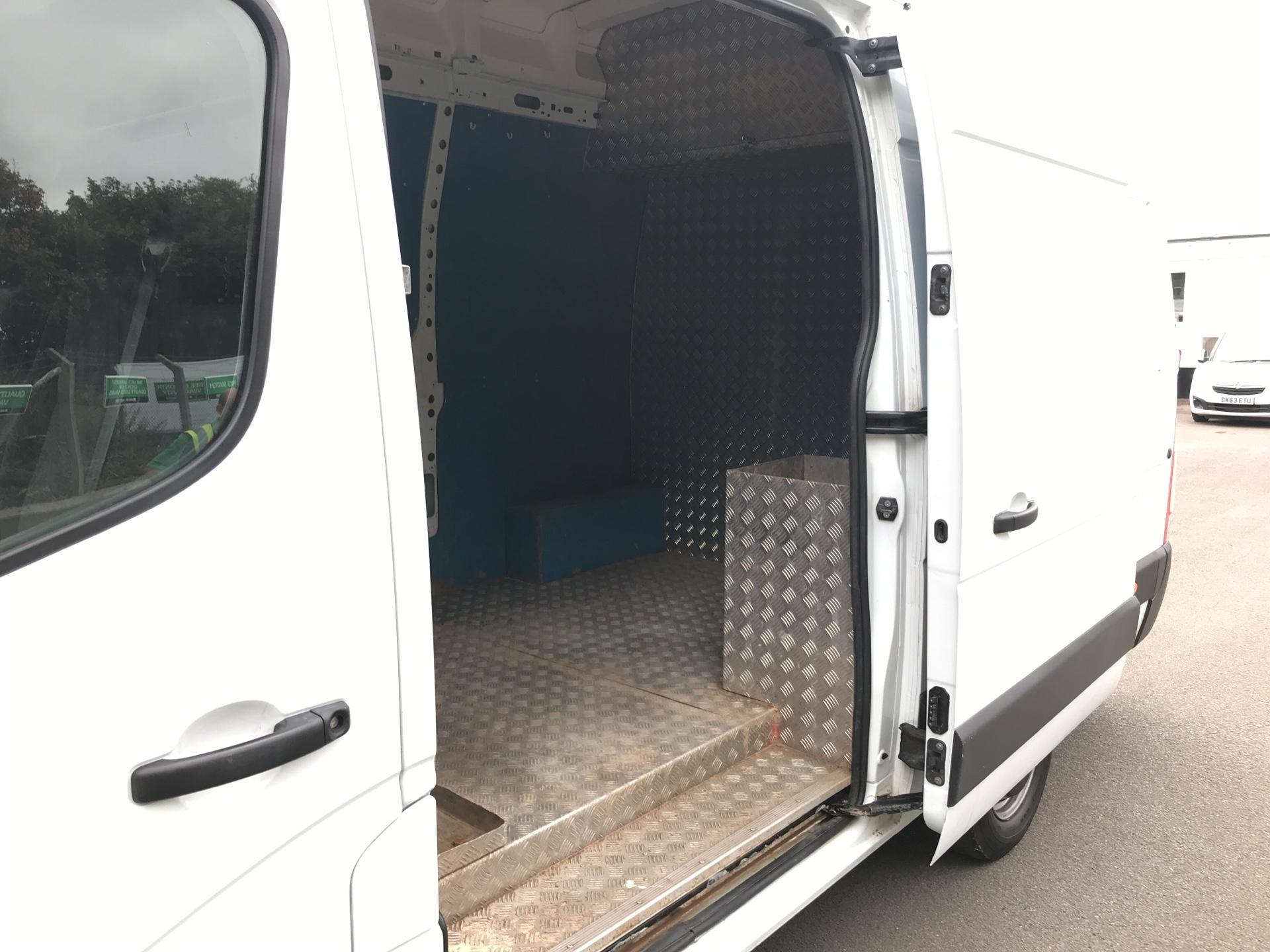2015 Vauxhall Movano 35 L3 H3 125PS EURO 5 (DS65OFN) Image 16